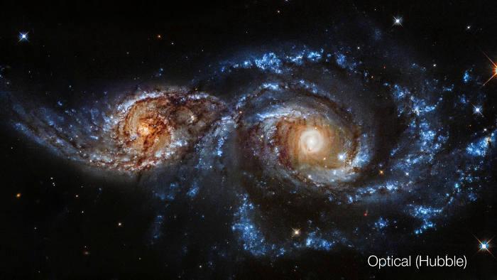Vesmír je plný zrážok galaxií
