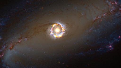 Čierna diera v NGC 1097