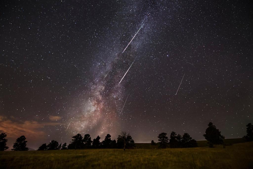 Maximum meteorického roja Perzeidy 2021